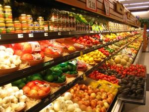 Obst und Gemüse im Supermarkt