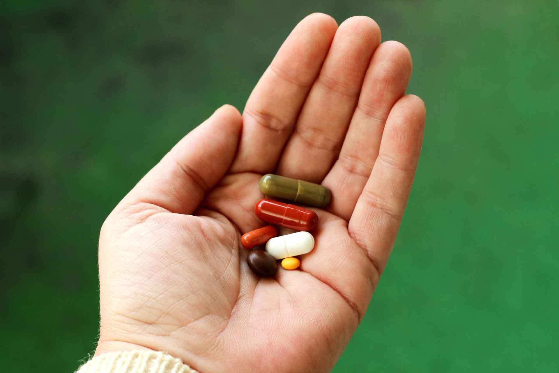 Bild für Können Nahrungsergänzungsmittel vor COVID-19 schützen?